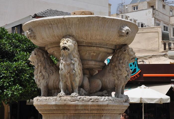 Ираклион, фонтан Морозини, фото Moonik