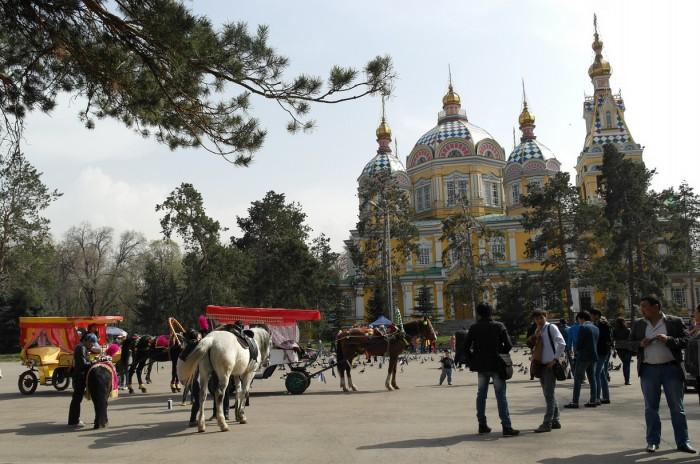 Свято-Вознесенский собор Алматы, фото Herb Travels