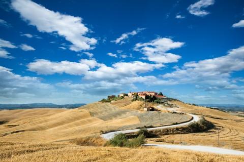 Деревня на холме, автор Andreas Krappweis