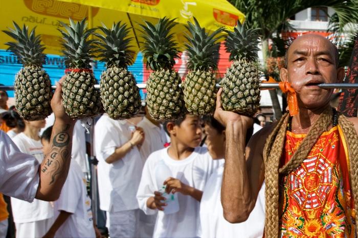 Фестиваль ананасов в Таиланде, фото Helke V