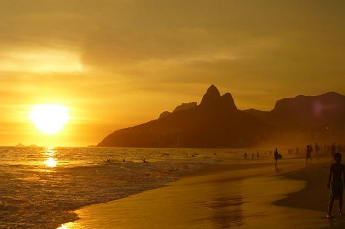 Бразильский пляж Ипанема, фото eacuna
