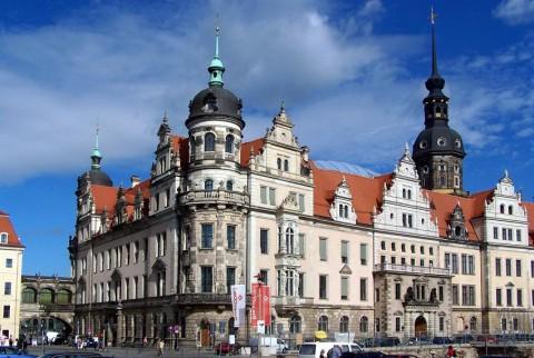 Улица в Дрездене, фото X-Weinzar
