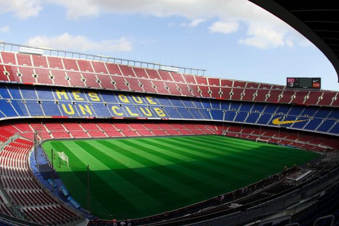 Стадион «Камп Ноу» в Барселоне, фото Franco Martinelli