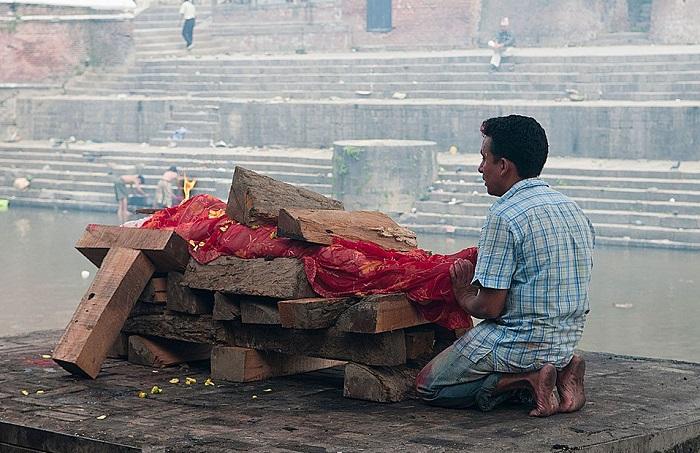 Похороны в Непале