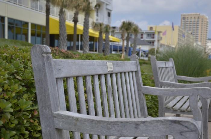 Именная скамейка в США