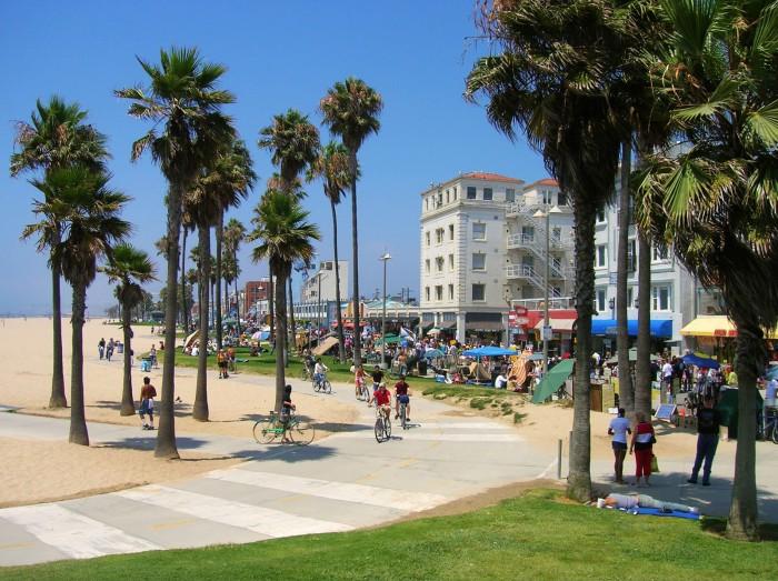 Венецианский Пляж в Калифорнии, США