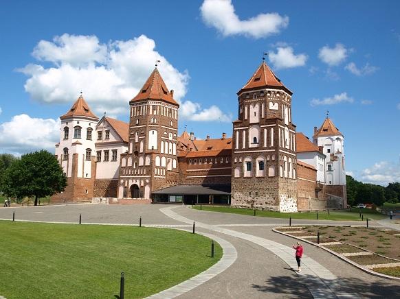 Замок Мир, Беларусь